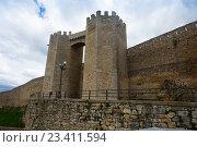 Купить «Gate of medieval town walls. Morella», фото № 23411594, снято 11 мая 2016 г. (c) Яков Филимонов / Фотобанк Лори