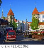Крепостные ворота Виру, Таллин (2014 год). Редакционное фото, фотограф Николай Емцев / Фотобанк Лори