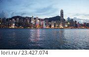 Купить «Вид на Гонконг ночью», видеоролик № 23427074, снято 24 октября 2014 г. (c) Elnur / Фотобанк Лори