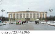 Купить «Софиевская площадь, Великий Новгород, Россия», видеоролик № 23442966, снято 4 февраля 2016 г. (c) worker / Фотобанк Лори