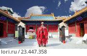 Традиционный буддийский храм, Пекин, Китай (2016 год). Стоковое видео, видеограф Владимир Журавлев / Фотобанк Лори