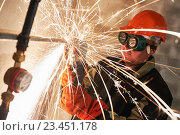 Купить «worker cutting pipe with sparks by grinder flame torch cutter», фото № 23451178, снято 23 августа 2016 г. (c) Дмитрий Калиновский / Фотобанк Лори