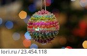 Купить «Красочный шар вращается на фоне Боке», видеоролик № 23454118, снято 18 ноября 2015 г. (c) Александр Багно / Фотобанк Лори
