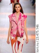 Купить «MILAN, ITALY - SEPTEMBER 26: A model walks the runway during the Roberto Cavalli fashion show as part of Milan Fashion Week Spring/Summer 2016 on September 26, 2015 in Milan, Italy.», фото № 23475146, снято 26 сентября 2015 г. (c) Anton Oparin / Фотобанк Лори