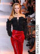 Купить «MILAN, ITALY - SEPTEMBER 26: A model walks the runway during the Roberto Cavalli fashion show as part of Milan Fashion Week Spring/Summer 2016 on September 26, 2015 in Milan, Italy.», фото № 23475290, снято 26 сентября 2015 г. (c) Anton Oparin / Фотобанк Лори