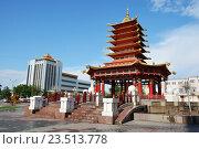 Купить «Красивый буддийский храм», фото № 23513778, снято 25 июля 2016 г. (c) Татьяна Цеброва / Фотобанк Лори