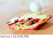 Купить «delicious pancakes with berries», фото № 23518790, снято 8 декабря 2012 г. (c) Яков Филимонов / Фотобанк Лори