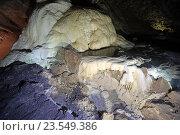 Купить «Новоафонская пещера, Абхазия», эксклюзивное фото № 23549386, снято 23 июля 2016 г. (c) Алексей Гусев / Фотобанк Лори