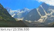 Купить «Вершины в Кавказских горах», фото № 23556930, снято 29 августа 2016 г. (c) александр жарников / Фотобанк Лори