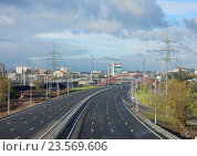 Участок Северо-Восточной хорды (Северная рокада) от Измайловского до Щелковского шоссе (2016 год). Редакционное фото, фотограф lana1501 / Фотобанк Лори
