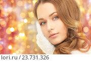 Купить «close up of beautiful woman in mittens», фото № 23731326, снято 10 октября 2010 г. (c) Syda Productions / Фотобанк Лори