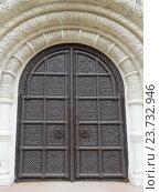 Купить «Арочный портал Феодоровского Государева собора в Царском Селе», фото № 23732946, снято 26 февраля 2020 г. (c) ViktoriiaMur / Фотобанк Лори