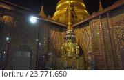 Купить «Пагода в храме Sutaungpyei в Мандалае», видеоролик № 23771650, снято 26 сентября 2016 г. (c) Михаил Коханчиков / Фотобанк Лори