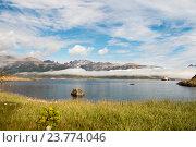 Купить «Горный пейзаж с озером в Гренландии», фото № 23774046, снято 19 августа 2016 г. (c) Vladimir / Фотобанк Лори
