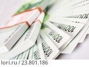 Пачки банкнот 100 евро. Стоковое фото, фотограф Allika / Фотобанк Лори