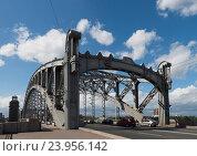 Большеохтинский мост в Санкт-Петербурге (2016 год). Стоковое фото, фотограф Владимир Ковальчук / Фотобанк Лори