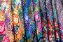 Знаменитые платки в ассортименте с различными рисунками Павловопосадской платочной мануфактуры в фирменном магазине, фото № 23958026, снято 26 октября 2016 г. (c) Николай Винокуров / Фотобанк Лори