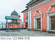 Высоко-Петровский монастырь в Москве (2016 год). Стоковое фото, фотограф Depth / Фотобанк Лори