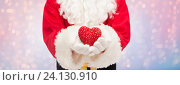 close up of santa claus with heart shape. Стоковое фото, фотограф Syda Productions / Фотобанк Лори