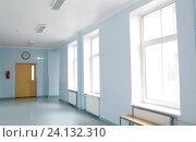 Купить «empty school corridor», фото № 24132310, снято 14 ноября 2014 г. (c) Syda Productions / Фотобанк Лори