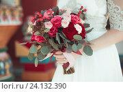 Купить «Свадебный букет невесты», фото № 24132390, снято 30 апреля 2016 г. (c) Блинова Ольга / Фотобанк Лори