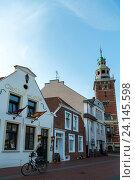 Leer, Germany, an inn at the port of Leer (2014 год). Редакционное фото, агентство Caro Photoagency / Фотобанк Лори