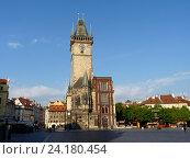 Купить «Прага. Ратуша на Староместской площади», фото № 24180454, снято 3 мая 2016 г. (c) Наталия Журавлёва / Фотобанк Лори