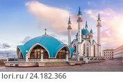 Купить «Утро Казани», фото № 24182366, снято 22 июля 2015 г. (c) Baturina Yuliya / Фотобанк Лори