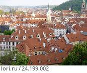 Купить «Прага. Вид на город от стен Пражского града», фото № 24199002, снято 2 мая 2016 г. (c) Наталия Журавлёва / Фотобанк Лори