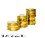 Купить «Монеты, сложенные в столбики. Концепция роста доходов», фото № 24203154, снято 31 декабря 2015 г. (c) Алексей Ларионов / Фотобанк Лори