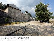 Купить «Цетиньский монастырь летом, Черногория», эксклюзивное фото № 24216142, снято 24 июля 2015 г. (c) Алексей Гусев / Фотобанк Лори