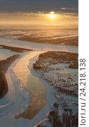 Купить «Winter river landscape and sunset, top view», фото № 24218138, снято 12 ноября 2016 г. (c) Владимир Мельников / Фотобанк Лори