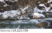 Купить «Река в снежном лесу, Черногория», видеоролик № 24223198, снято 21 января 2016 г. (c) Иван Кузнецов / Фотобанк Лори