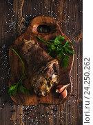 Жареная свиная рулька с горчицей. Стоковое фото, фотограф Ксения Кузнецова / Фотобанк Лори