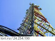Купить «Антенны базовых станций сотовой связи», фото № 24254190, снято 21 февраля 2014 г. (c) Сергеев Валерий / Фотобанк Лори