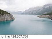 Искусственное озеро. Стоковое фото, фотограф Добыш Александр / Фотобанк Лори