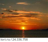 Купить «Sea, sunrise, Greece, silhouette, coast, cloudy sky, red, red sky, morning mood, mood, sundown, afterglow, evening mood, water mirroring, reflexion», фото № 24336758, снято 6 февраля 2003 г. (c) mauritius images / Фотобанк Лори