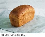 Хлеб ржаной на полотенце. Стоковое фото, фотограф Ксения Кузнецова / Фотобанк Лори