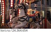Купить «illuminated carousel in old city at night», видеоролик № 24364654, снято 2 декабря 2016 г. (c) Syda Productions / Фотобанк Лори