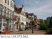 Купить «Poland, Pomerania, West Pomeranian, Kolobrzeg, German Kolberg, spa town, old town», фото № 24373562, снято 21 июля 2019 г. (c) mauritius images / Фотобанк Лори