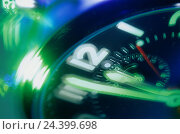 """Купить «Clock, """"shortly in front of twelve"""", detail, blur stopwatch, time, pointer, period, ultimatum, execution, deadline, date, hand, seconds, minutes, second...», фото № 24399698, снято 31 декабря 1899 г. (c) mauritius images / Фотобанк Лори"""