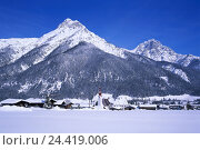 Купить «Austria, Tyrol, Pillerseetal, St. Jakob in the house, local view, winter, Europe, Westösterreich, federal state, Nordtirol, place, mountain landscape, mountains, mountains, snow, Jaherszeit,», фото № 24419006, снято 26 сентября 2005 г. (c) mauritius images / Фотобанк Лори