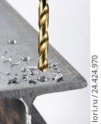 Купить «Drill, titanium, close-up, metal, hole, filings», фото № 24424970, снято 15 августа 2018 г. (c) mauritius images / Фотобанк Лори