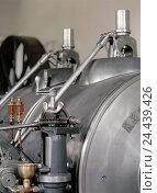 Купить «Steam engine, pressure tank, detail, machine, steampowered, boiler, pressure vessel, crank, crank, oil tank, old, in an old-fashioned way, historically...», фото № 24439426, снято 4 ноября 2005 г. (c) mauritius images / Фотобанк Лори
