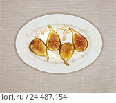 Купить «Dessert, preserved figs, dessert, sweet, food, sweetly, rich in calorie, containing sugar, unhealthily, food, figs, candies, candy, product photography, Still life», фото № 24487154, снято 10 ноября 2005 г. (c) mauritius images / Фотобанк Лори