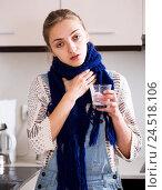 Купить «Girl with quinsy taking medicine», фото № 24518106, снято 22 августа 2018 г. (c) Яков Филимонов / Фотобанк Лори