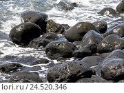 Купить «Spain, Canary islands, Lanzarote, Playa de Janubio, stones, waves,», фото № 24520346, снято 2 февраля 2010 г. (c) mauritius images / Фотобанк Лори