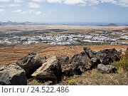 Купить «Canary, islands, Lanzarote, Teguise, town overview, island, town, scenery, houses, buildings, sea view, width, distance, nobody,», фото № 24522486, снято 5 мая 2010 г. (c) mauritius images / Фотобанк Лори