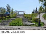 Купить «Старая разрушенная Иерусалимская лестница в городе Иркутск», фото № 24533866, снято 22 мая 2016 г. (c) Юлия Батурина / Фотобанк Лори