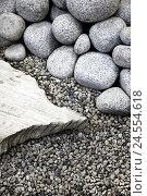 Купить «Pebbles, big, small,», фото № 24554618, снято 20 июля 2018 г. (c) mauritius images / Фотобанк Лори